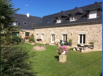 Appartager FR - A louer en colocation appartement de 190 m2 - Hennebont, Lorient - €330