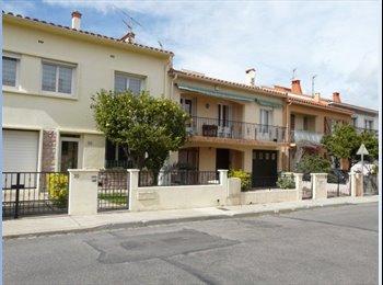 Appartager FR - ds VILLA 250m UNIVERSITE CHAMBRE DOUBLE-WIFI - Perpignan, Perpignan - €450