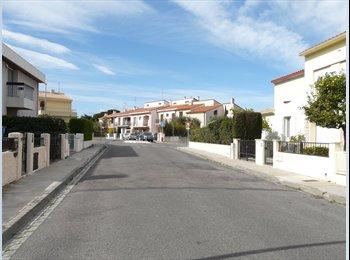 Appartager FR - ds VILLA 250m UNIVERSITE CHAMBRE DOUBLE-WIFI - Perpignan, Perpignan - €700