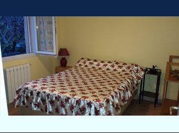 Appartager FR - chambre a louer dans une villa - Beaucaire, Nîmes - €900