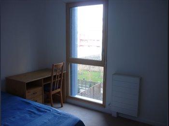 Loue chambre - 3 pièces neuf 65 m2 -Bas Montreuil