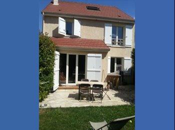 Appartager FR - CHAMBRE DOUBLE SDB PRIVATIVE SUD PARIS  - Villejuif, Paris - Ile De France - €500