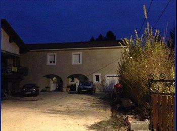 Appartager FR - Sur le campus, la Maison des Poneys recrute ! - Saint-Martin-d'Hères, Grenoble - €400