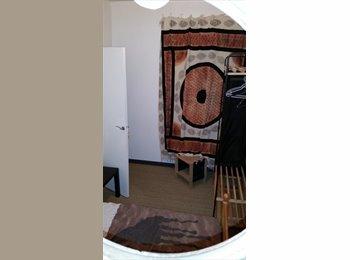 Appartager FR - sous loue chambre 10m2 - 1er Arrondissement, Marseille - €350