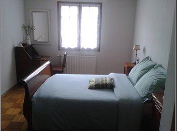 Appartager FR - Grande Chambre de 20m2 dans villa tout confort - Garges-lès-Gonesse, Paris - Ile De France - €500