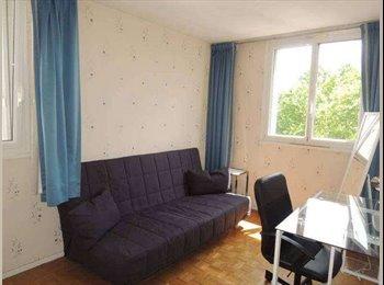 Appartager FR - Colocation 3 personnes- Noisy le Grand - Noisy-le-Grand, Paris - Ile De France - €390