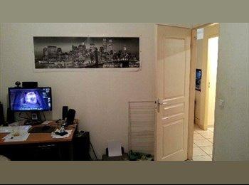Appartager FR - URGENT - Chambré à céder dans Appt 62 m2 - Faubourg Bonnefoy, Toulouse - €350