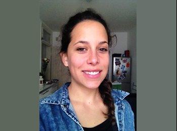 Andrea - 25 - Etudiant