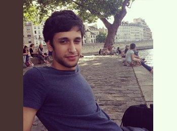 Yassin - 22 - Etudiant
