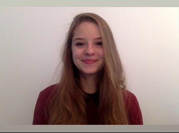 Caroline - 23 - Etudiant