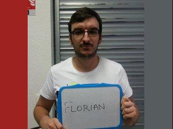 Florian - 27 - Salarié