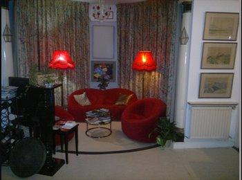 EasyRoommate IE - Single ensuite bedroom shared house central - Dublin City Centre, Dublin - €720