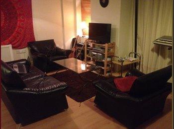 EasyRoommate IE - Room available just outside Temple Bar - Dublin City Centre, Dublin - €650