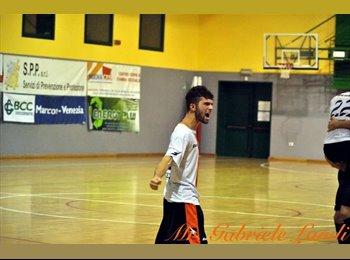 EasyStanza IT - giacomo - 20 - Padova