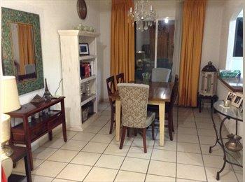 CompartoDepa MX - Comparto casa cerca de aeropuerto/Lerma Toluca - Toluca, México - MX$2500