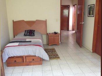CompartoDepa MX - RENTO CUARTO COMPARTIDO MUJERES PROVIDENCIA - Zapopan, Guadalajara - MX$3900