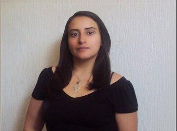 Natalia - 26 - Profesional