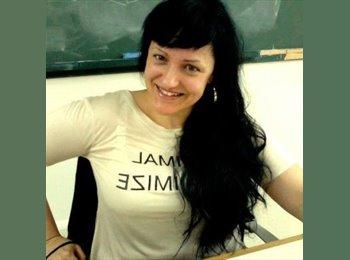 Sonia - 40 - Estudiante