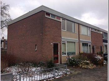 EasyKamer NL - Gruttostraat- per direct laatste kamer beschikbaar - Enschede, Enschede - €290