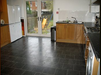 BEAUTIFUL LARGE DOUBLE BEDROOMS, LUTON