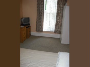 EasyRoommate UK - BOURNEMOUTH TOWN CENTRE - West Cliff, Bournemouth - £433