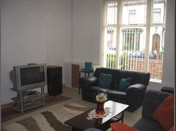 Rooms Available in spacious property in Walton