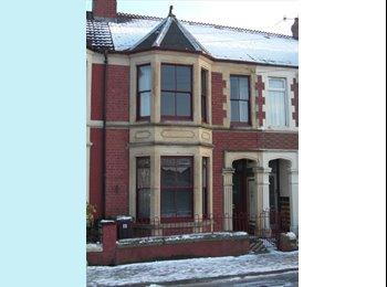 EasyRoommate UK Room to let in Cardiff Bay house. - Cardiff Bay, Cardiff - £275 per month,£63 per week - Image 1