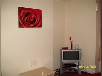 EasyRoommate UK - ***WOW LARGE ROOM, GREAT LOCATION, ALL INCLUSIVE** - Evington, Leicester - £260