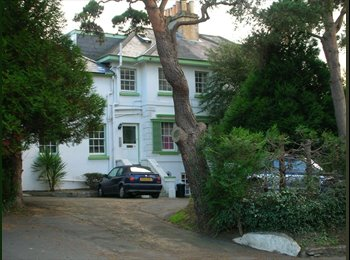 EasyRoommate UK - Luxury House-share room, Newport, Isle of Wight - Newport, Newport - £368