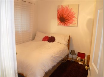EasyRoommate UK - Double Room With Own Lounge - £102 per wk incl - Plympton, Plymouth - £442