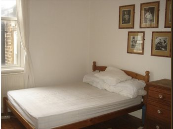 comfortable double room in croydon