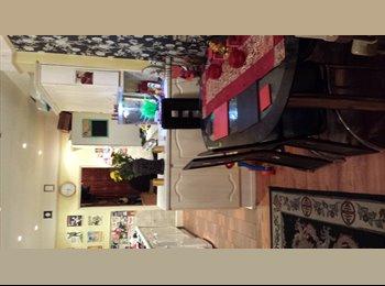 EasyRoommate UK - **New** Large Double room in Wolverton MK12 - Wolverton, Milton Keynes - £400