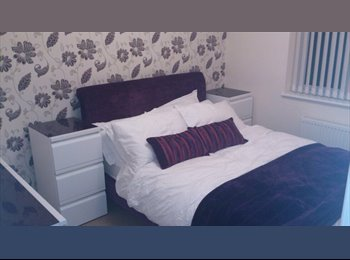 EasyRoommate UK - Modern room for rent - Rushden - Rushden, East Northamptonshire and Corby - £400