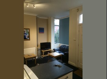 Nice 5 bedroomed terraced property