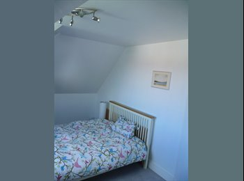 EasyRoommate UK - Double room in beautiful, newly decorated flat - Tunbridge Wells, Tunbridge Wells - £470