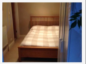 Double room to rent in Charminster, Bournemouth.