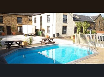 EasyRoommate UK - Luxury House Share From only £75 per week inc bill - Brimington, Chesterfield - £325