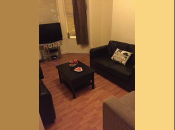 EasyRoommate UK - 4 Bedroom, spacious, lovely house! Look no further - Nottingham, Nottingham - £330