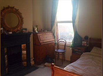 EasyRoommate UK - Spacious Double Room for Single Professional lady - Harrow, London - £550