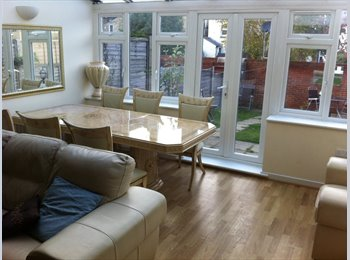 Double rooms in Larkfield, Aylesford, New Hythe