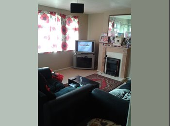 EasyRoommate UK - spare double bedroom - Blythe Bridge, Stoke-on-Trent - £250