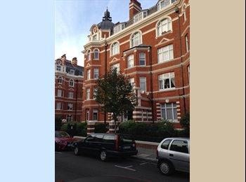 EasyRoommate UK - Double Room to rent in Amazing Flat by Paddington - Paddington, London - £830