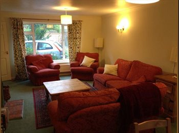 EasyRoommate UK - Very large double room in cosy 4 bed house, close - Headington, Oxford - £450