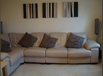EasyRoommate UK - Spacious double room in town house - Openshaw, Manchester - £350