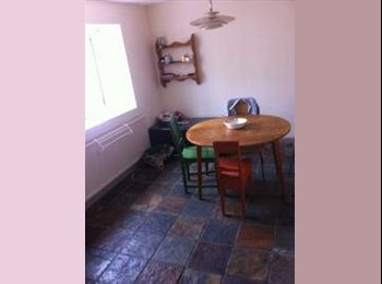 EasyRoommate UK - Double room for February - March - Twerton, Bath and NE Somerset - £300