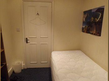 EasyRoommate UK - Lovely Room in Queen's Park (Short-term let) - Ladbroke Grove, London - £525