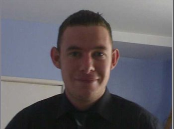 EasyRoommate UK - chris - 31 - Newcastle under Lyme