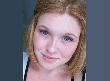 EasyRoommate UK - Carla - 18 - Hemel Hempstead