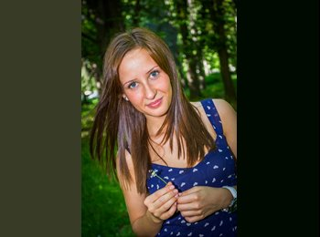 Polina - 20 - Student