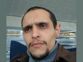 EasyRoommate UK - Ahmed  - 35 - London
